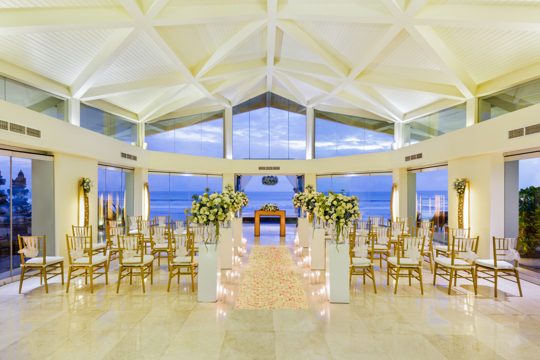 811193f30299b0fb org - A Destination Wedding of your Dreams at The Seminyak Beach Resort & Spa, Bali