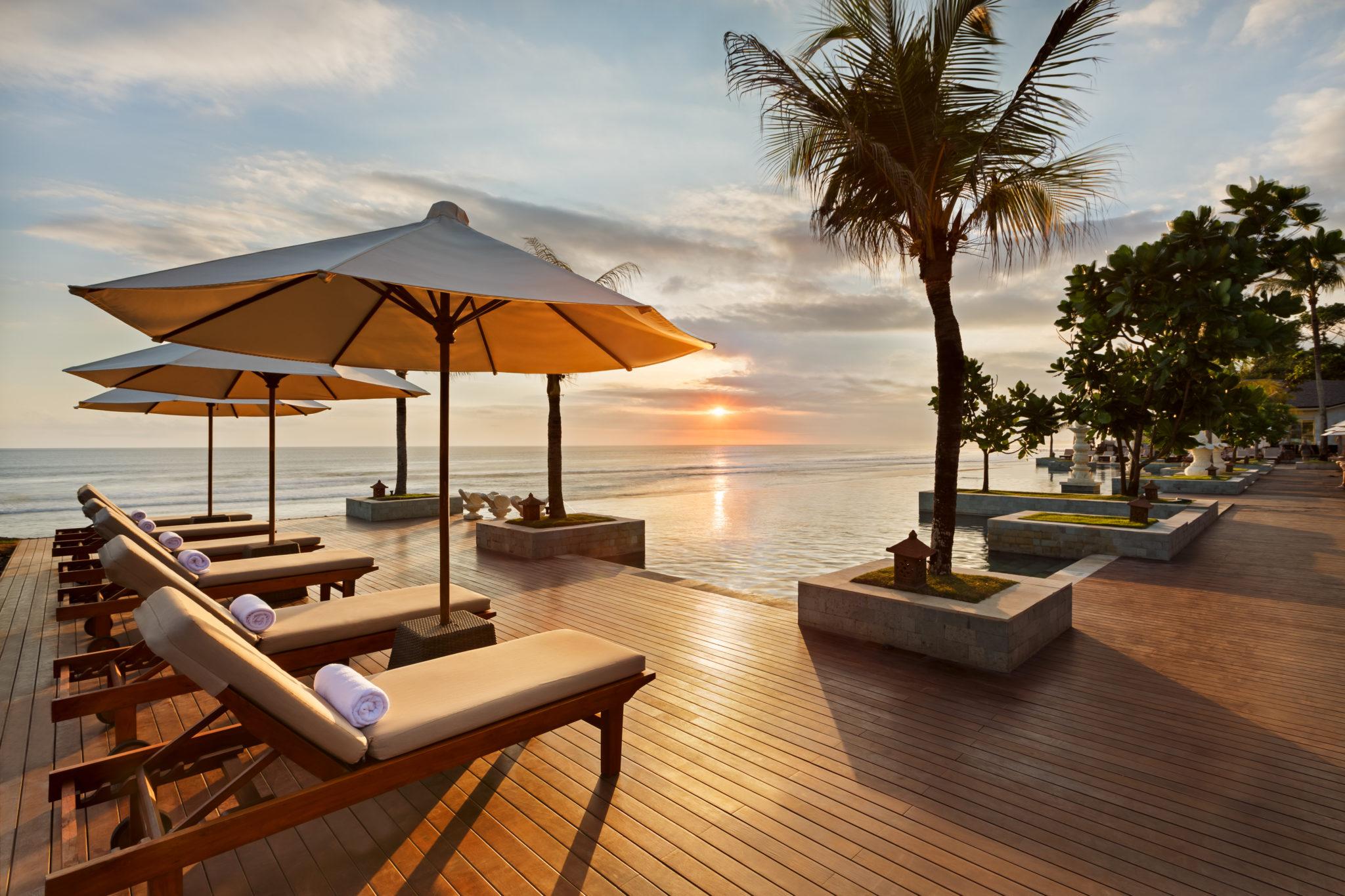 a5e58de681d20a06 org - A Destination Wedding of your Dreams at The Seminyak Beach Resort & Spa, Bali